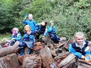 Year 1 and 2 Forest School
