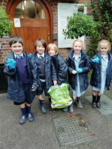 Year 2 Litter Picking